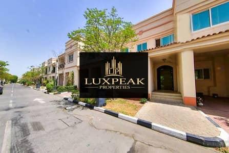 فیلا 3 غرف نوم للبيع في مدينة بوابة أبوظبي (اوفيسرز سيتي)، أبوظبي - Spesious & Corner 3 bed Room Villa  in seashore