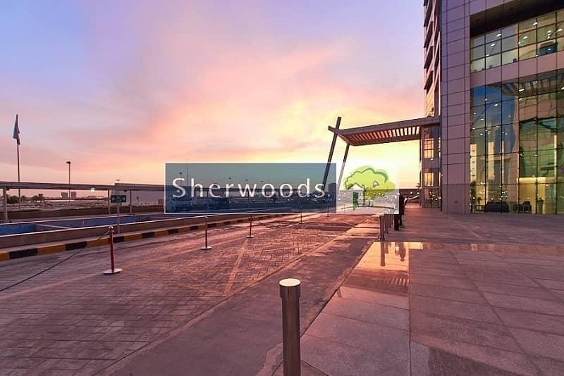 18 Mangrove and City Views - Executive Office - High Floor