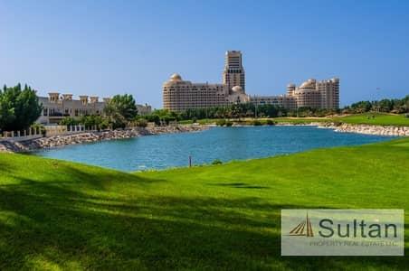 شقة فندقية  للبيع في قرية الحمراء، رأس الخيمة - Studio in 5 star Palace Hotel