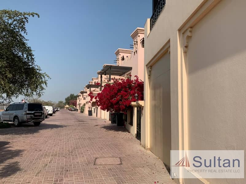 16 3BR Townhouse for rent in Hamra Village near 5* Waldorf