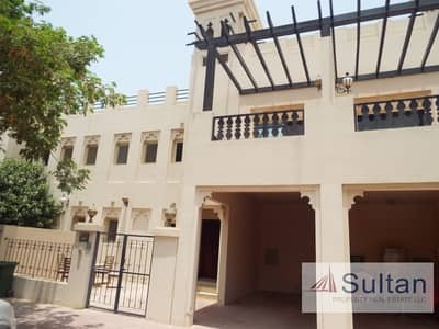 3 Bedroom Townhouse for Sale in Al Hamra Village, Ras Al Khaimah - Amazing 3 Bed Golf View At Great Value