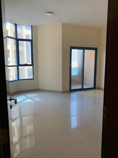 شقة في أبراج الخور عجمان وسط المدينة 3 غرف 36000 درهم - 5016862