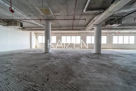 Shop for Rent in Jumeirah Lake Towers (JLT), Dubai - Spacious | Shell & Core | Great View