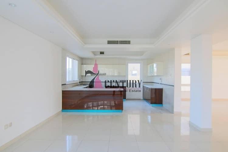 Big Size | Vacant | 4 Bedroom + M Villa