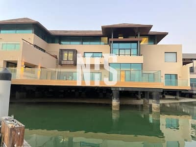 6 Bedroom Villa for Sale in Al Gurm, Abu Dhabi - The VIP's hottest deal in the town