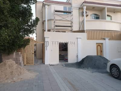 RENT INCLUDING ELECTRICITY MULHAQ  VILLA 3 BEDROOMS HALL  SMALL HOSH  NEXT TO MASJID MOWAIHAT