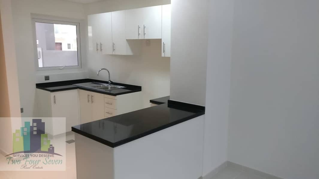 2 HOT DEAL 3BED IN AKOYA OXYGEN
