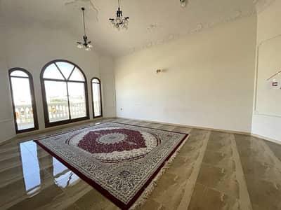 فیلا 6 غرف نوم للايجار في الشھباء، الشارقة - فیلا في الشھباء 6 غرف 100000 درهم - 5017492