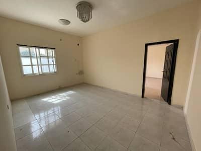فیلا 6 غرف نوم للايجار في الحزانة، الشارقة - فیلا في الحزانة 6 غرف 60000 درهم - 5017495