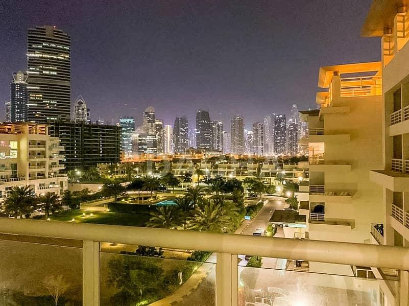 Duplex  Big Layout  Maid's  Skyline View