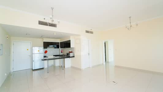 1 Bedroom Apartment for Rent in Business Bay, Dubai - Large Layout | Balcony & Parking | Vacant | 4 Chq