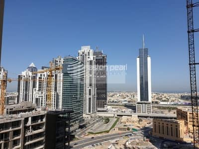 2 Bedroom Apartment for Sale in Downtown Dubai, Dubai - Modern and Spacious | Cash Seller | Middle Floor
