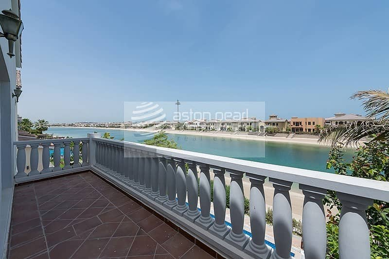 Beautiful Signature Villa |Well Maintained |Vacant