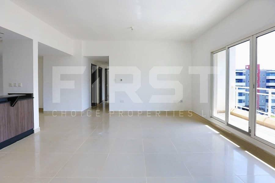 2 Superb Apartment w/ Rent Refund + Parking.