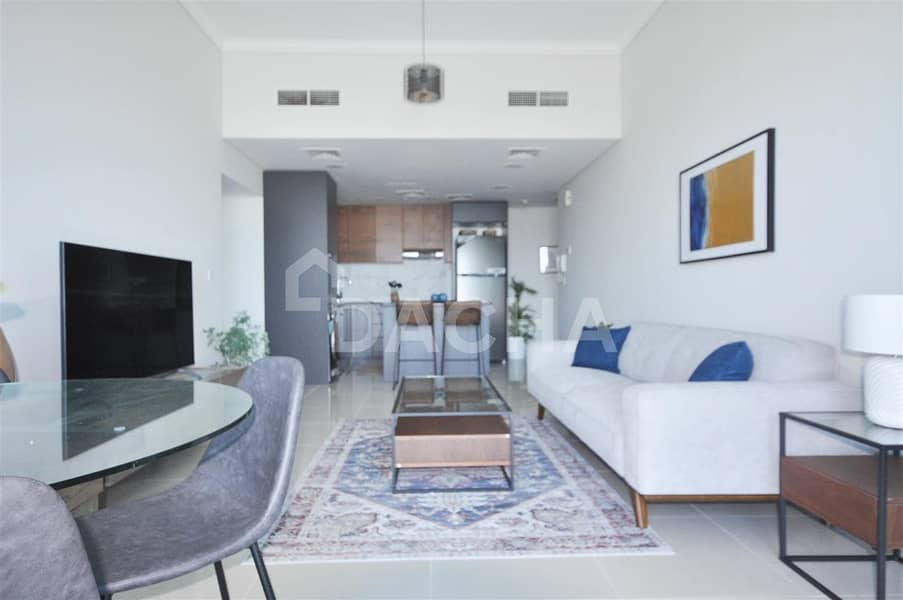 Full Sea View // 1 Bedroom // Avail Now