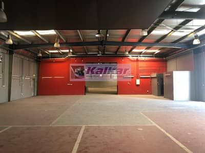 !! 30000 SQFT OPENLAND WITH WAREHOUSE IN ALQUOZ AED; 500 k !!