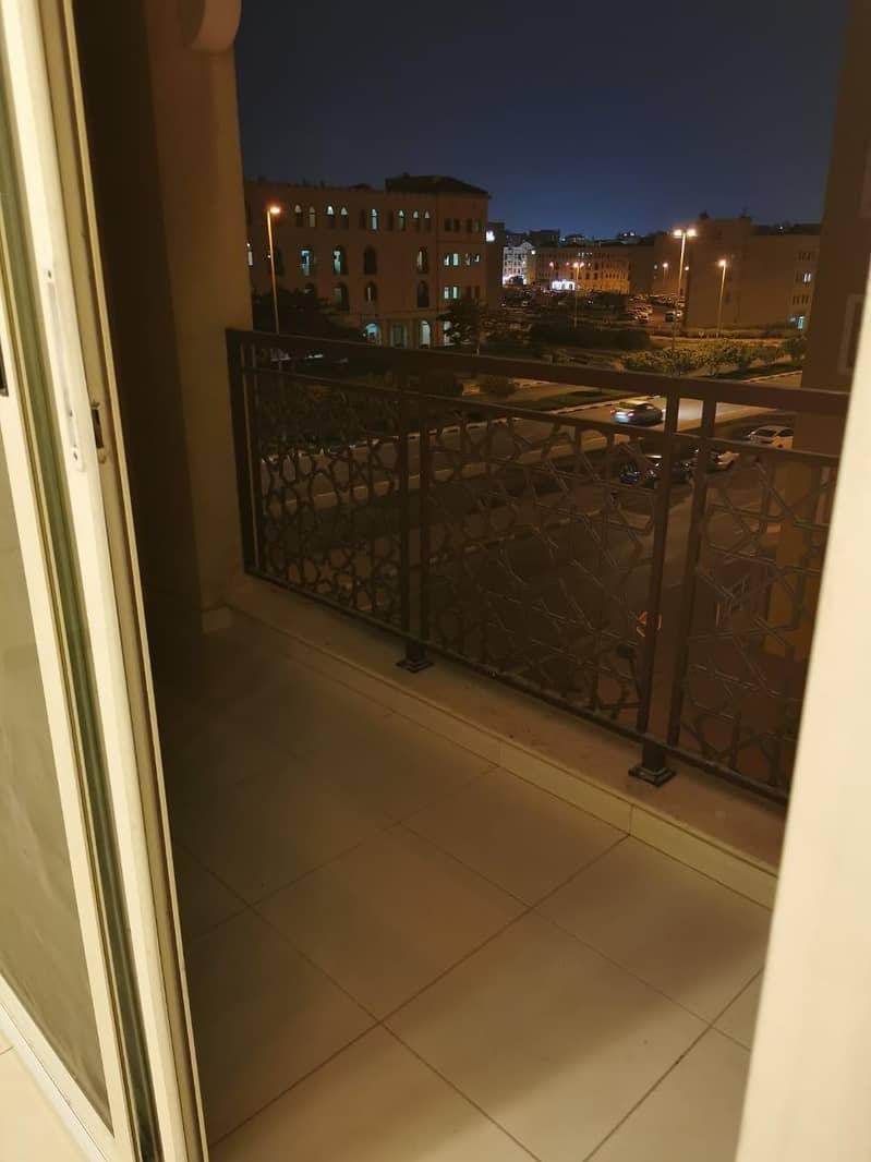 شقة في الحي الإماراتي المدينة العالمية 1 غرف 25000 درهم - 5017810
