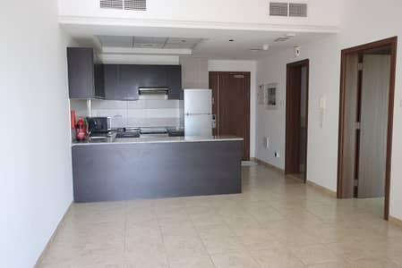 1 Bedroom Flat for Rent in Jumeirah Village Triangle (JVT), Dubai - Fully Equipped Kitchen |Road View | Middle Unit |1BR+Blcny