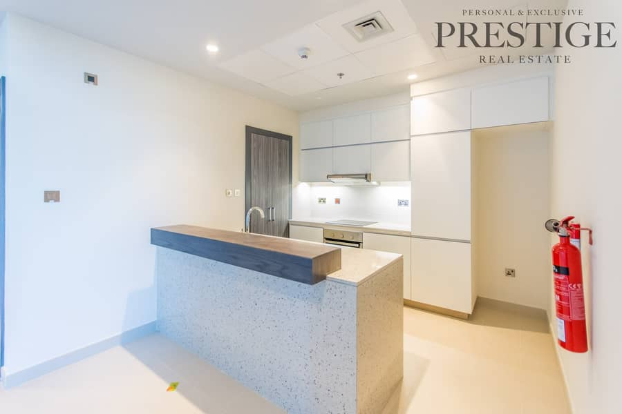 2 Brand New| 1 bedroom| Bright