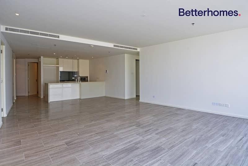 Stunning 3 Bedroom | Low-Floor | 2 Parkings