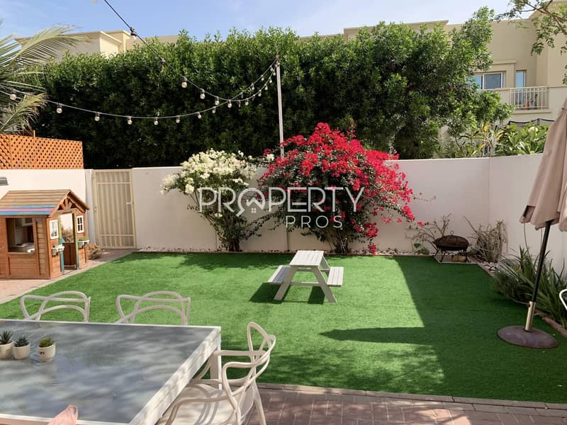 Beautiful Upgrade | Fully Landscaped | Study Room