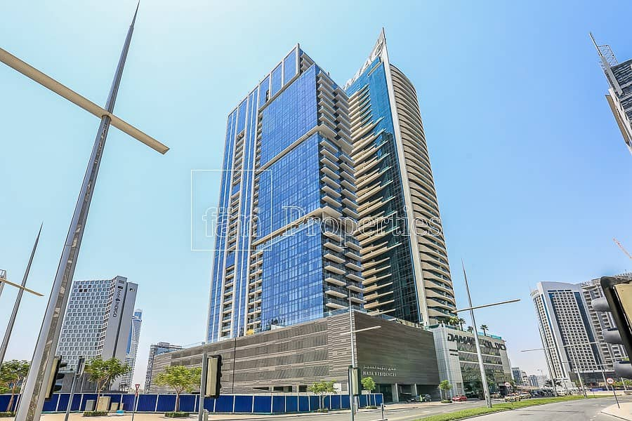 22 Luxury Furnished | Large 2BR+ Maid | 2 min to Mall
