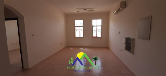 2 Bedroom Flat for Rent in Al Jimi, Al Ain - Big size 2bhk in CIVIC CENTER JIMI behind Al Ain hos