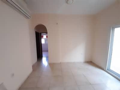 شقة 1 غرفة نوم للايجار في تجارية مويلح، الشارقة - شقة في تجارية مويلح 1 غرف 18000 درهم - 5018530