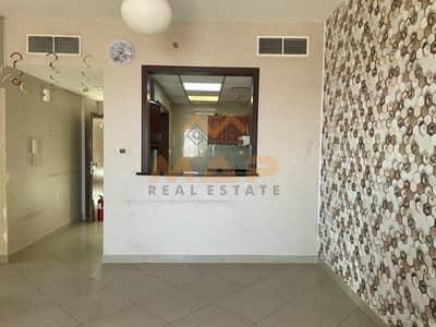 فلیٹ 2 غرفة نوم للايجار في أبراج بحيرات الجميرا، دبي - 2bhk with balcony on high floor close to metro