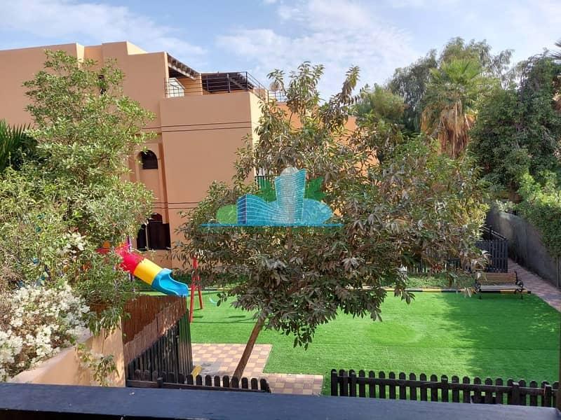 2 AMAZING 5 Bedrooms Villa with Maid|Garden|Facilities