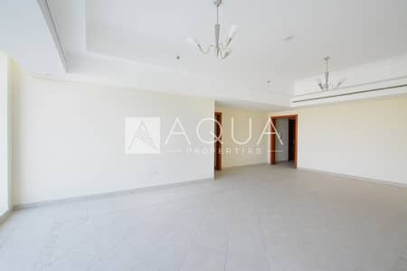 2 Bedroom Apartment for Rent in Jumeirah Lake Towers (JLT), Dubai - Spacious Unit | Maid's room | Unfurnished