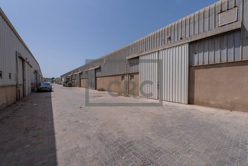 11 Clean Warehouses | Storage in Al Quoz 3