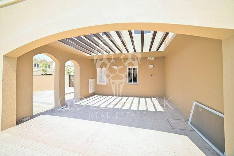 10 Agent on Site |Single Row| Next to Exit|Landscaped