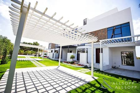 3 Bedroom Townhouse for Sale in Jumeirah Golf Estate, Dubai - 3 Beds Plus Family Room|July 2021|Exclusive