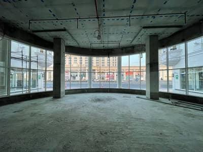 محل تجاري  للايجار في جميرا، دبي - موقع رائع ، مساحات تجارية (معارض) شارع جميرا الوصل