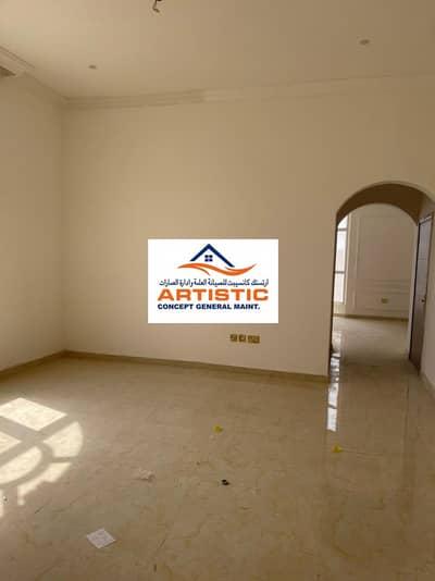 11 Bedroom Villa for Rent in Al Shamkha, Abu Dhabi - Proper Staff accomadation