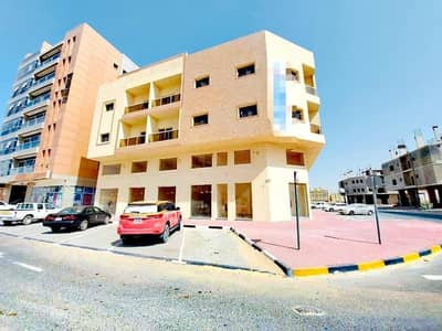 Labour Camp for Rent in Al Jurf, Ajman - Apartments for rent in Ajman, first inhabitant, central air conditioning, at a price, for a snapshot, a very excellent location