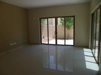 4 Bedroom Townhouse for Rent in Al Raha Gardens, Abu Dhabi - Stand alone corner townhouse | Huge private garden
