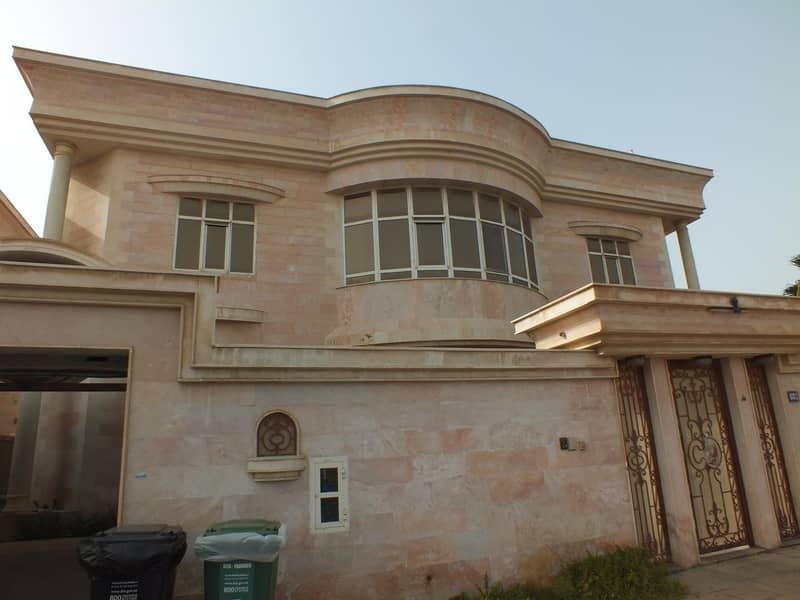modern commercial independent villa umm suqeim 1 rent is 700k