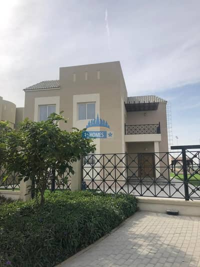 5BR Villa with Private Pool / Full Furnished / Vacant
