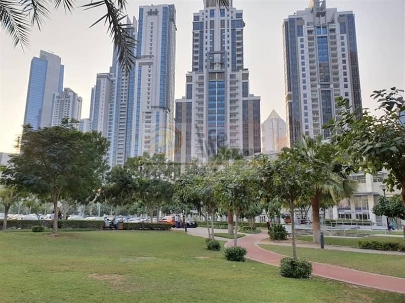 58 Quality Upgraded | Both Ensuite | Terrace Apt |