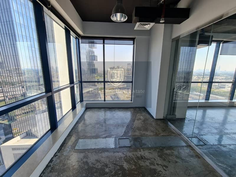 19 Amazing Fitted office for sale in Jumeirah Bay X3