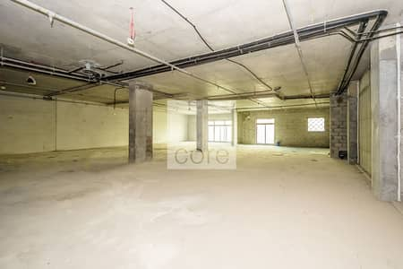 Office for Rent in Palm Jumeirah, Dubai - Low Floor | Shell and Core | Parking