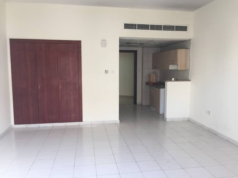 Vacant Studio For Rent Greece Cluster WB