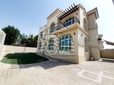 فیلا 4 غرف نوم للايجار في مدينة خليفة أ، أبوظبي - فیلا في مدينة خليفة أ 4 غرف 170000 درهم - 5020363