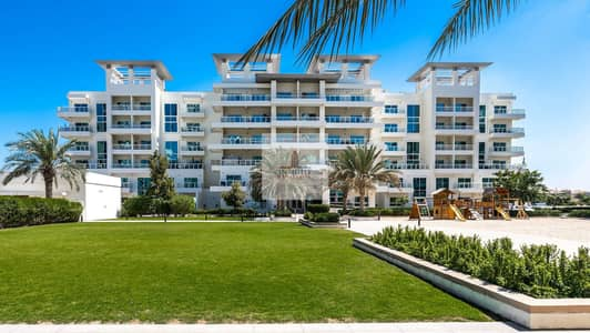 3 Bedroom Apartment for Rent in Jumeirah Heights, Dubai - MultipleChqs PartialLakeView GroundFloor
