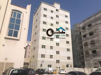 Building for Sale in Al Sharq, Sharjah - Residential and commercial building for sale in Al Nab'a, Sharjah, a very excellent location. Income more than 10%