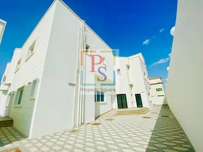 8 Bedroom Villa for Rent in Khalifa City A, Abu Dhabi - Outstanding Offer !Stunning ! Elegant ! Large 8 Bedroom Villa.