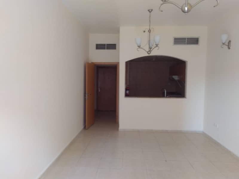 شقة في يونيفيرسيتي فيو واحة دبي للسيليكون 1 غرف 27999 درهم - 5013098