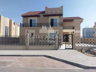 Huge Type A Villa 6 Br in Living Legends
